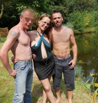 Amateur Pornstar - Outdoor trio with Belgian Agnes (2018) FullHD 1080p