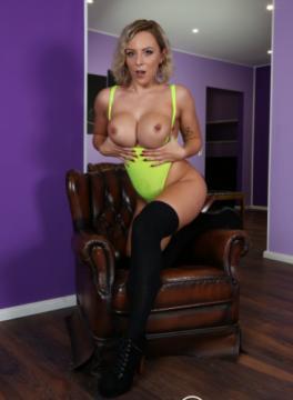 Lilli Vanilli - Sexy German porn star Lilli Vanilli fucked and cum covered by newbie (2018) HD 720p