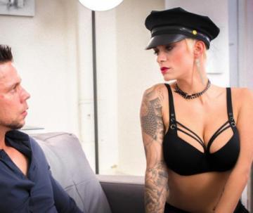 Mila Milan - Short haired blonde enjoys hardcore sex abroad (2018) FullHD 1080p