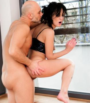 Angie Moon - Angie: Queefing Pussy, Gaping Buttfuck (2018) FullHD 1080p